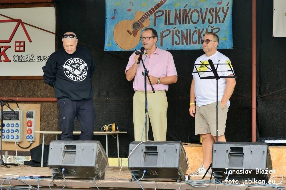 Pilníkovský písničkář 2018 - přivítání návštěvníků